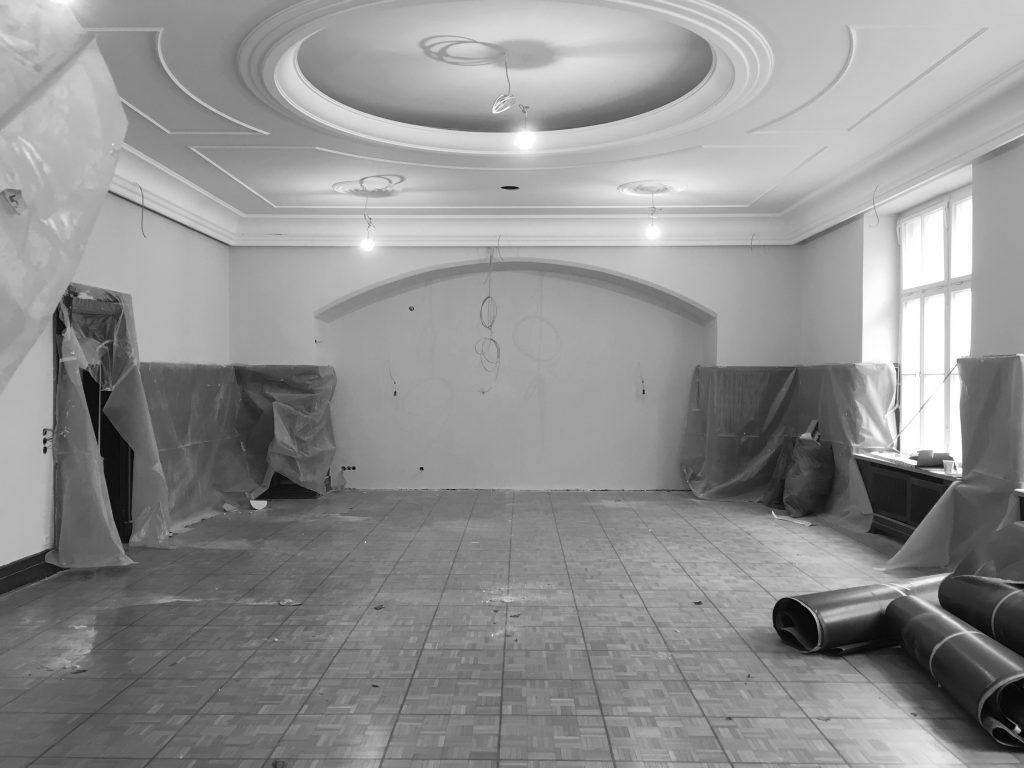 Großer Salon Bestand