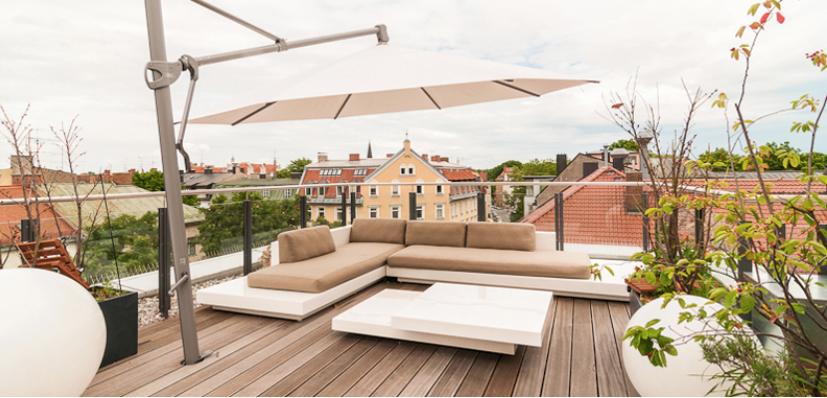 Dachterrasse Lounge Blick über München